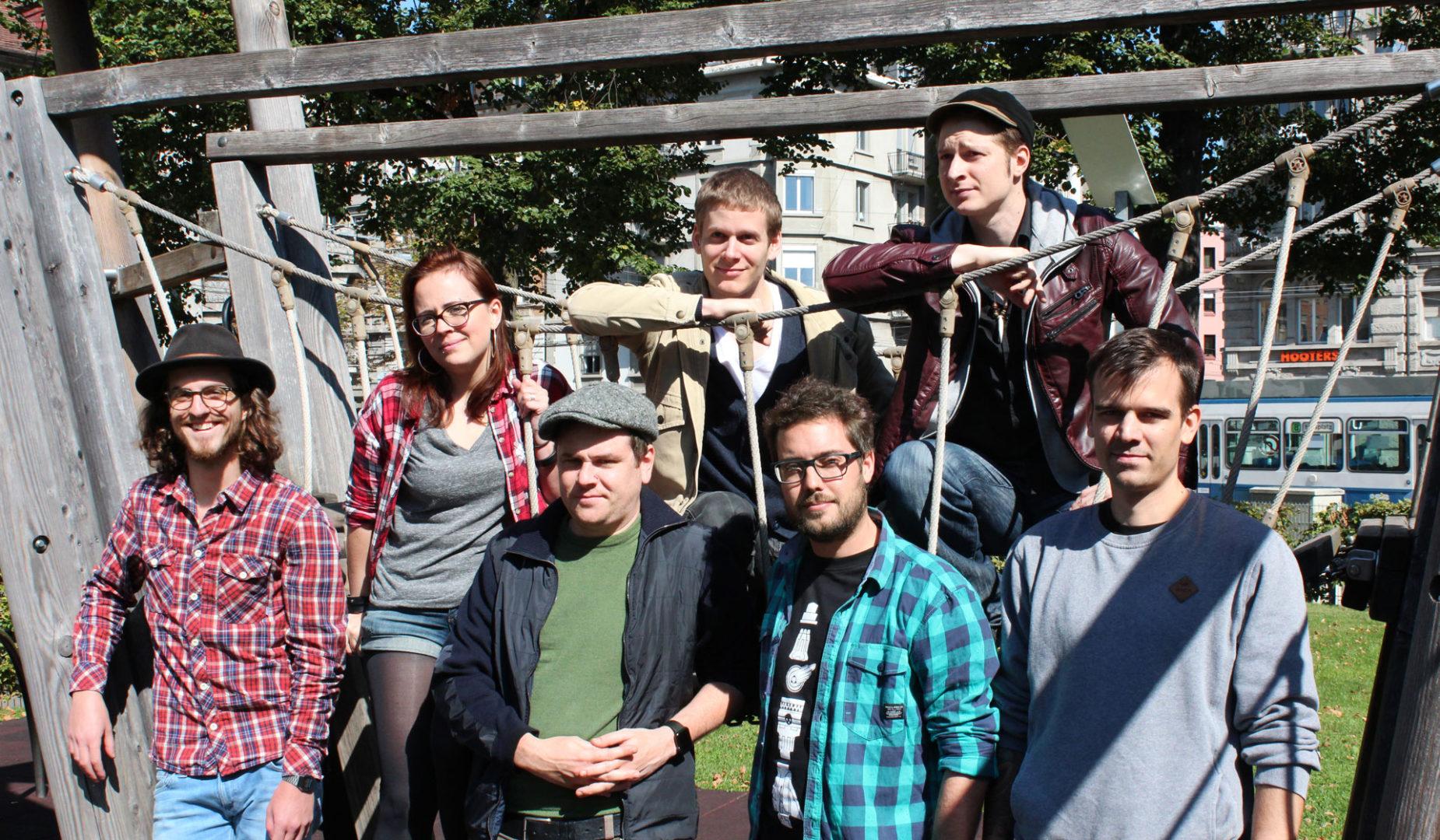 Das Team von Blindflug Studios mit Tabea Iseli. Bild: © Blindflug Studios AG